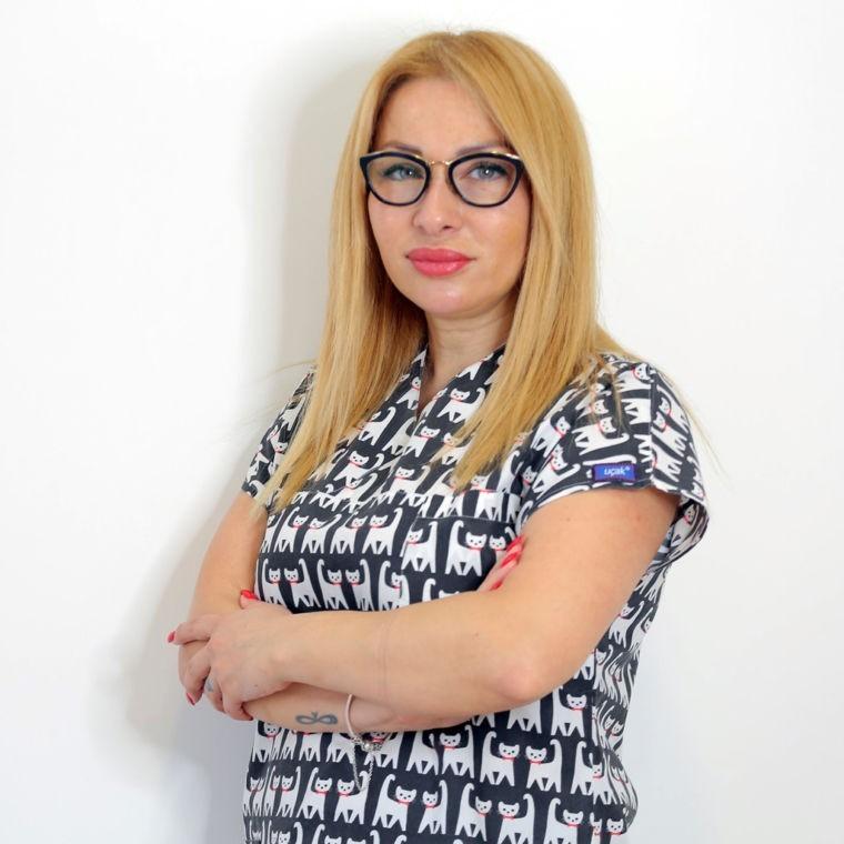 Dr. Vefa Hanım